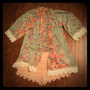 Floral and Lace Kimono with Lace Shorts